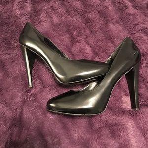 Size 11 Nine West Heels ** New**